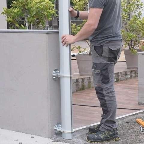 tyče pro stínicí plachty na nízkých stěnách